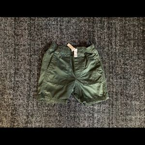 Roots dark olive shorts size 2T